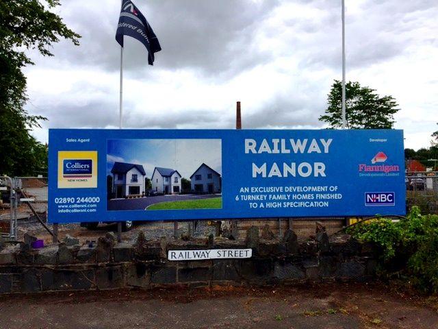 RAILWAY MANOR | COMBER